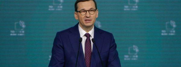 Premier Morawiecki w czasie konferencji Togetair
