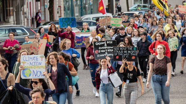 Protest przeciwko bierności w walce ze zmianami klimatu